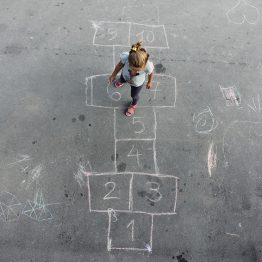 child_hopscotch